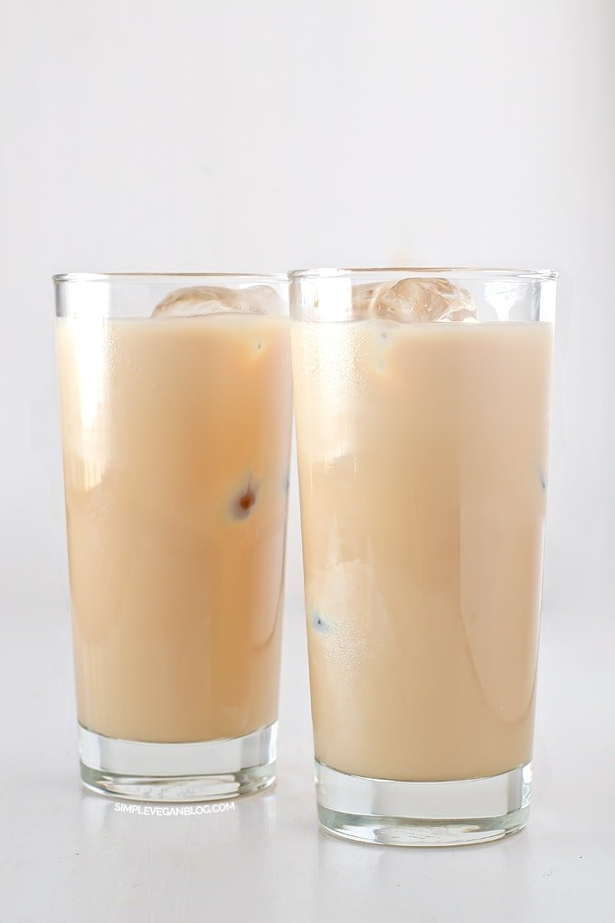 Homemade vegan Irish cream | #vegan