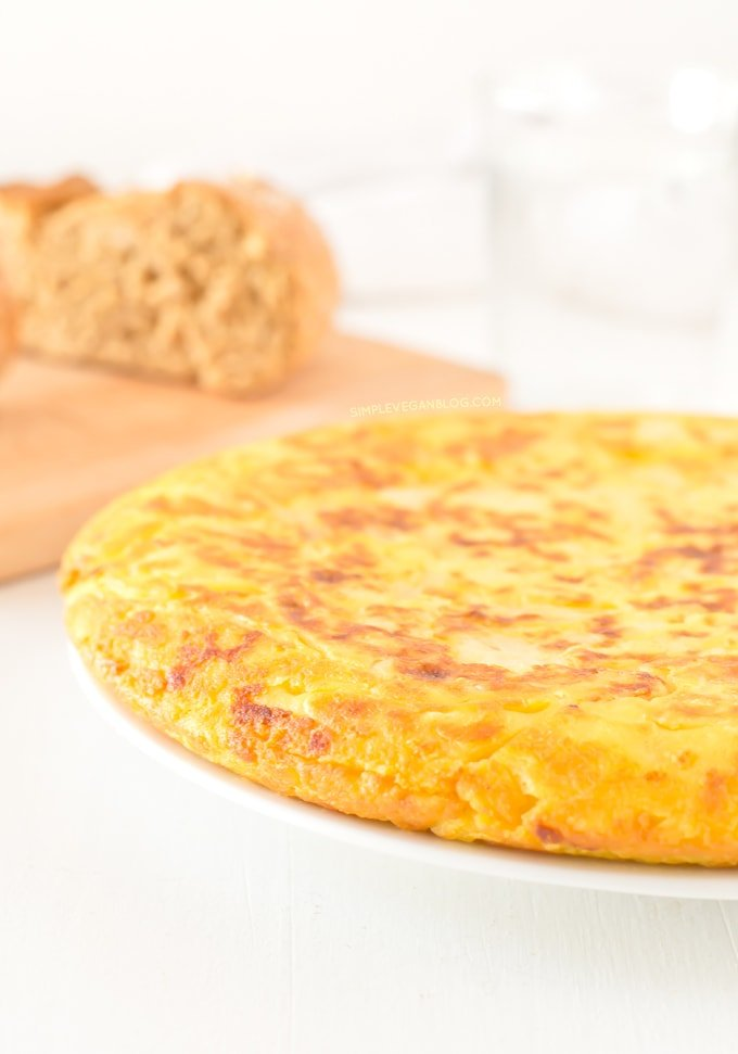 Tortilla or Spanish Omelette (V + GF) | Simple Vegan Blog