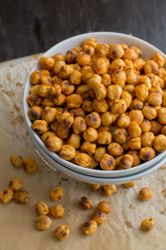 Spicy Roasted Chickpeas | Simple Vegan Blog