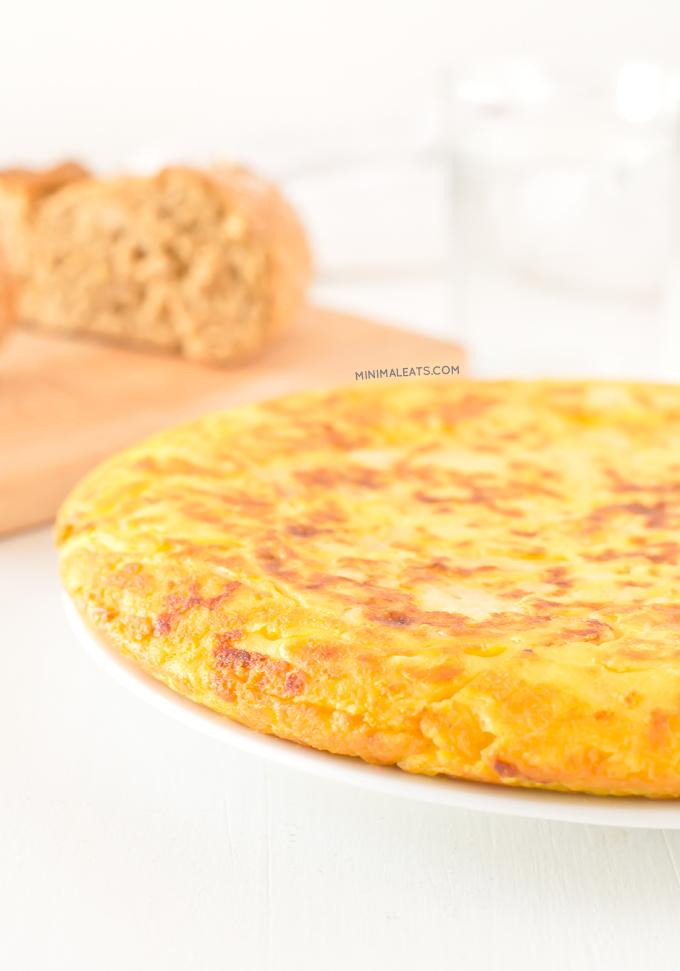 Vegan tortilla (spanish omelette) | minimaleats.com