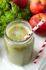 Apple Kale Green Smoothie #recipe #vegan #glutenfree