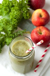 Apple Kale Green Smoothie #recipe #vegan #glutenfree