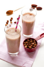 Hazelnut chocolate milk vegan