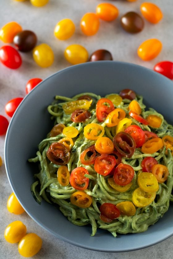 Zucchini Noodles with Avocado Sauce - These delicious zucchini noodles (or zoodles) with avocado sauce are ready in 10 minutes. Besides, this recipe requires just 7 ingredients to make.