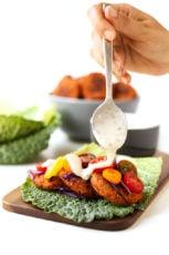Gluten-free baked falafel with vegan yogurt sauce | simpleveganblog.com #vegan #glutenfree #healthy