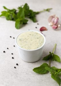 Vegan yogurt sauce
