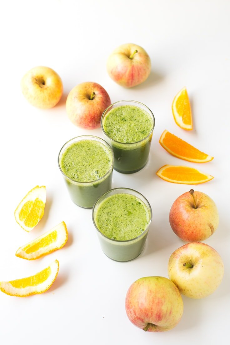 4-ingredient fall juice | simpleveganblog.com #vegan #juice #healthy