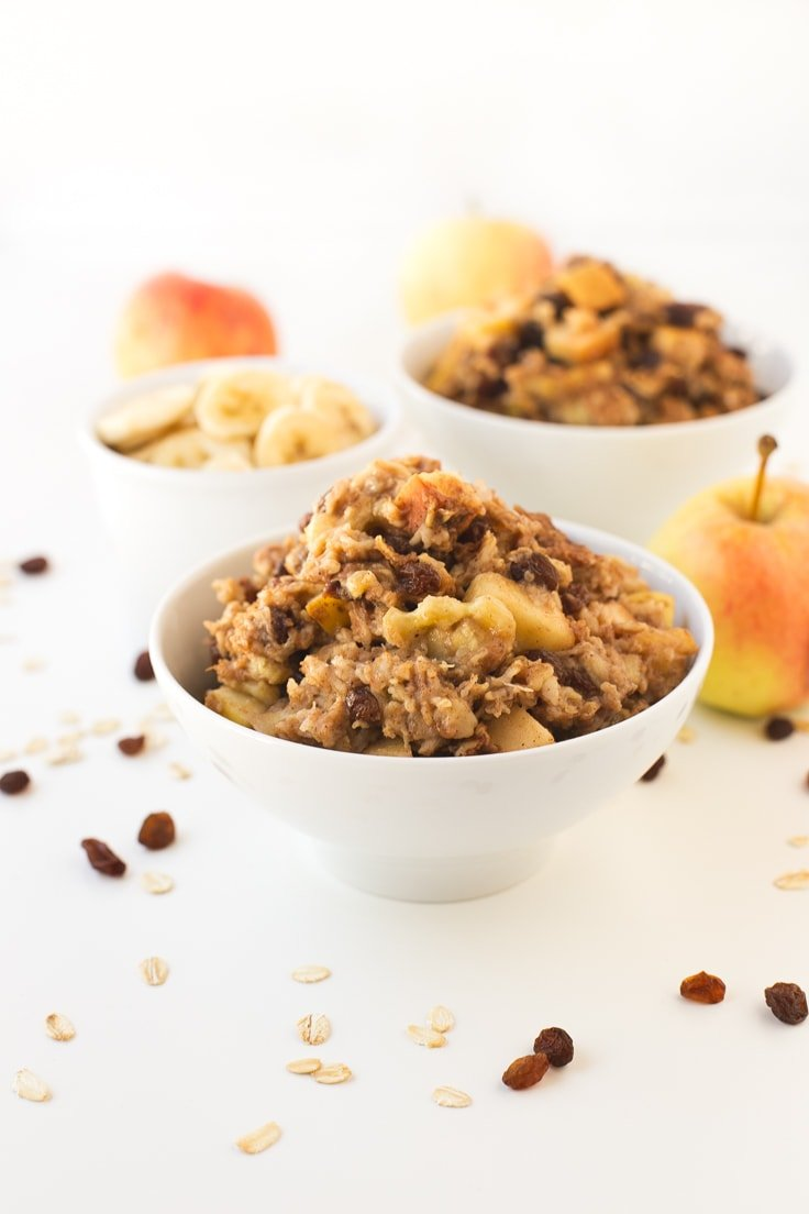 Apple Pie Baked Oatmeal | Simple Vegan Blog