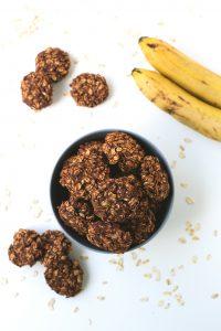 Vegan chocolate cookies recipe | simpleveganblog.com #vegan #glutenfree #healthy
