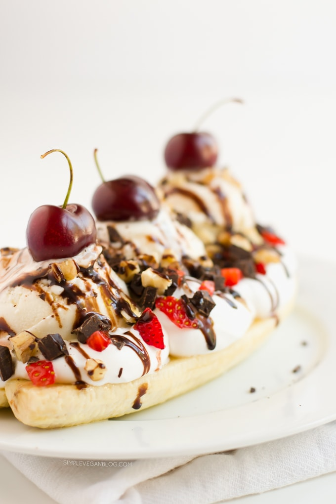 Vegan Banana Split