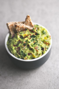 Rainbow guacamole dip - This rainbow guacamole dip is ready in less than 10 minutes and is so cheap! Don't be afraid to eat avocados, they're so healthy and won't make you fat!
