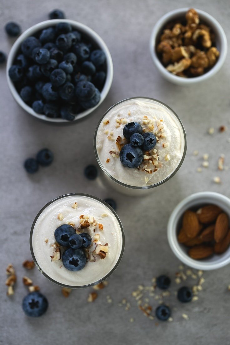 Simple vegan cashew yogurt - Making non-dairy yogurt at home is so easy, besides, it's healthier and tastes so good! We used unsalted raw cashews to make this delicious vegan yogurt.