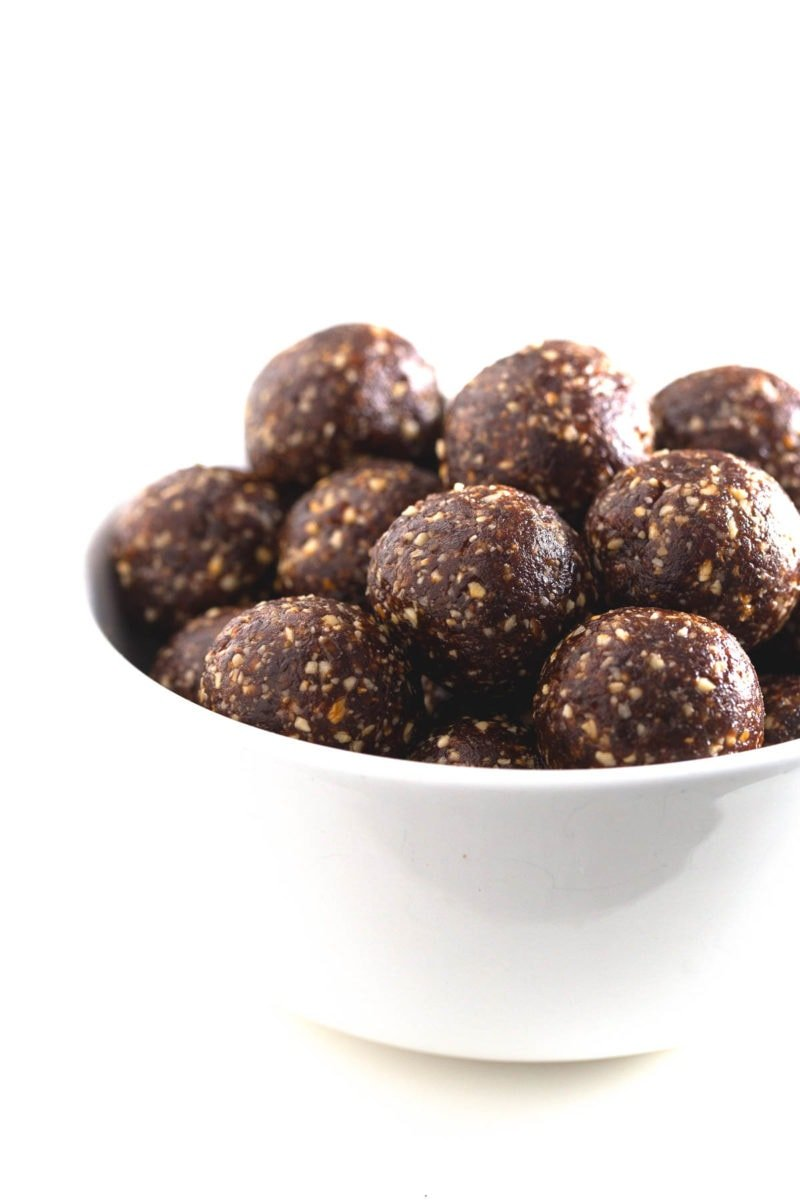 Energy balls - These energy balls are a super delicious and satisfying snack. They're perfect to eat on the go and are a great choice for athletes and students.