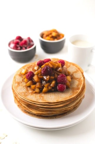 How to make vegan gluten free crepes | simpleveganblog.com #vegan #glutenfree
