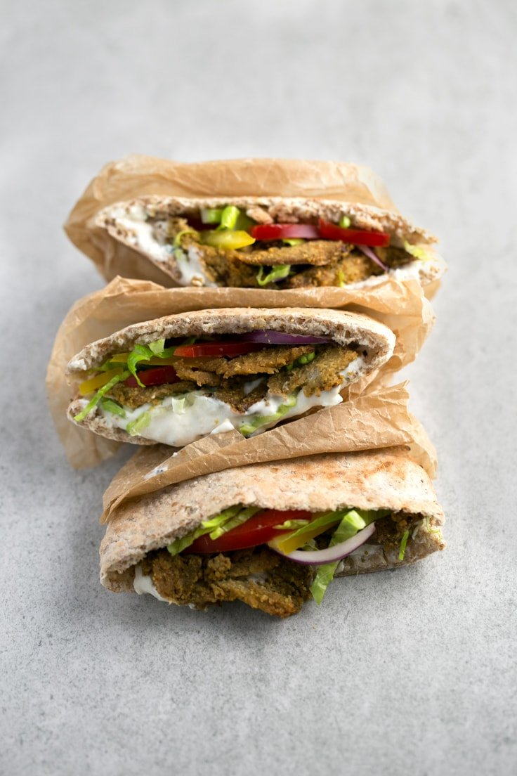 Low fat vegan kebab - This low fat vegan kebab is perfect for people who miss the taste of meat, are trying to eat less meat or going vegetarian or vegan. It's an EPIC recipe!