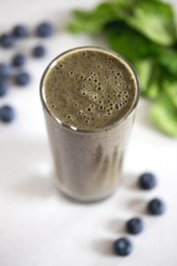 Banana Blueberry Smoothie - This banana blueberry smoothie is the perfect breakfast smoothie, but you can also have it for lunch or dinner. I love smoothies so much!