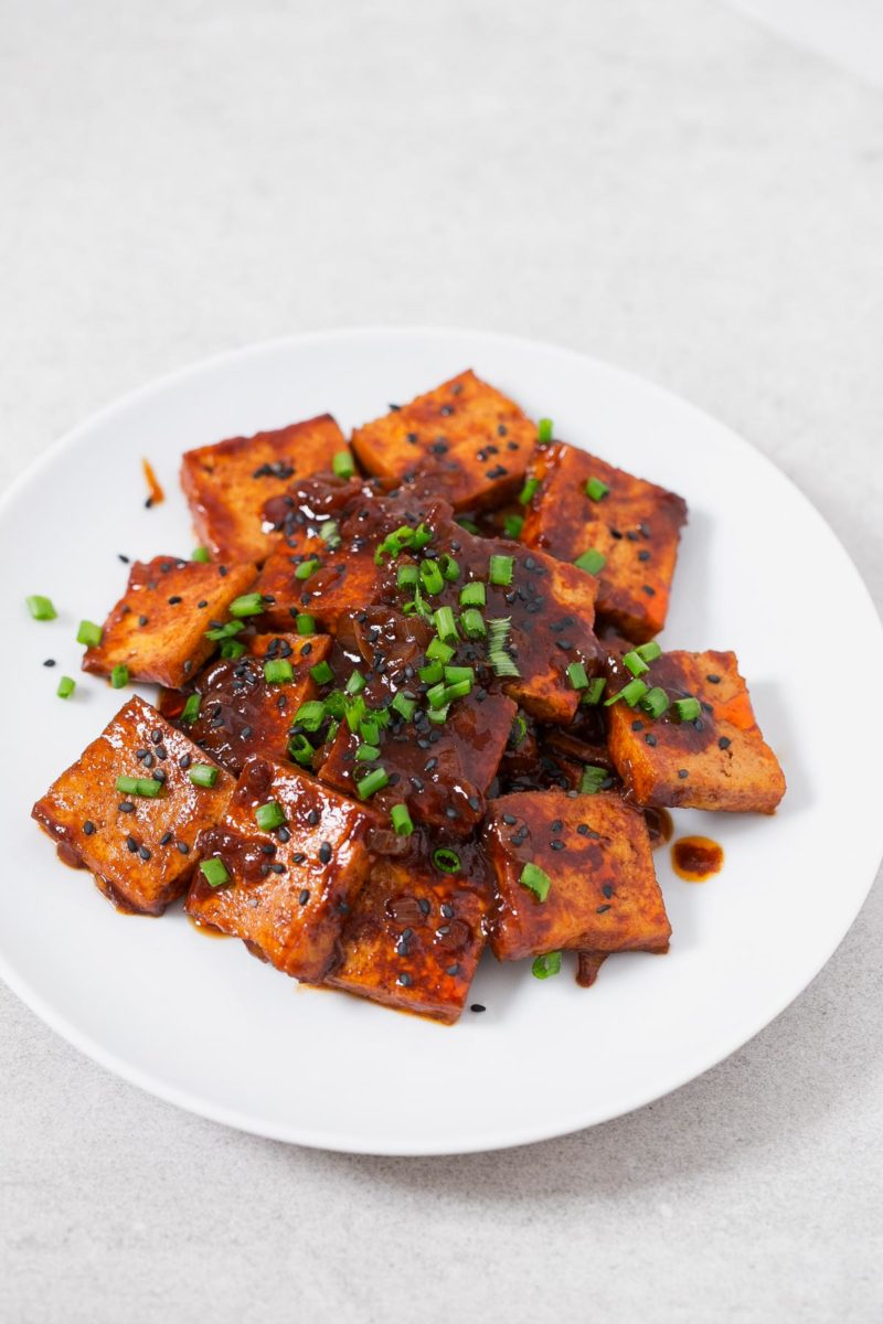Korean Style Spicy Tofu.- I really love Korean cuisine and this amazing Korean-style spicy tofu is so delicious and easy to make. I usually eat it with some rice and veggies.