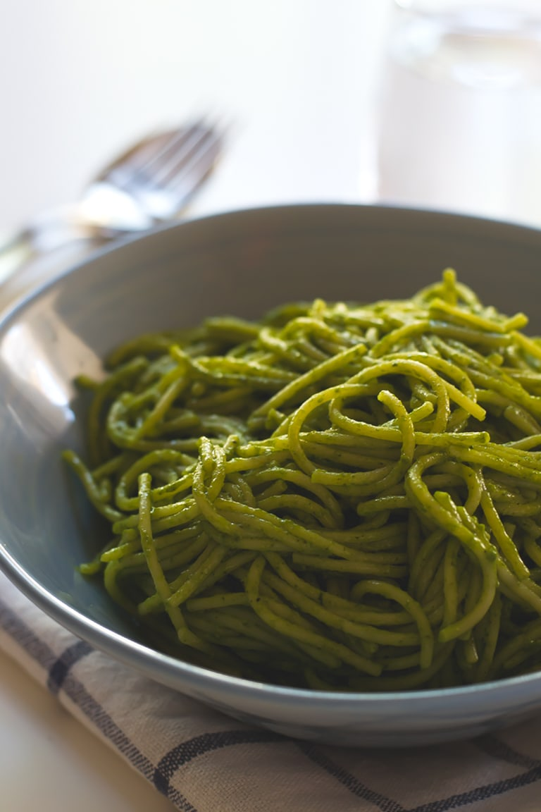 15-minute coconut green pasta