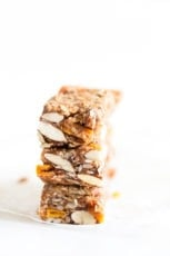 No Bake Granola Bars. - These no bake granola bars are made with just 8 ingredients. They're a delicious and healthy snack and also so convenient to eat on the go.