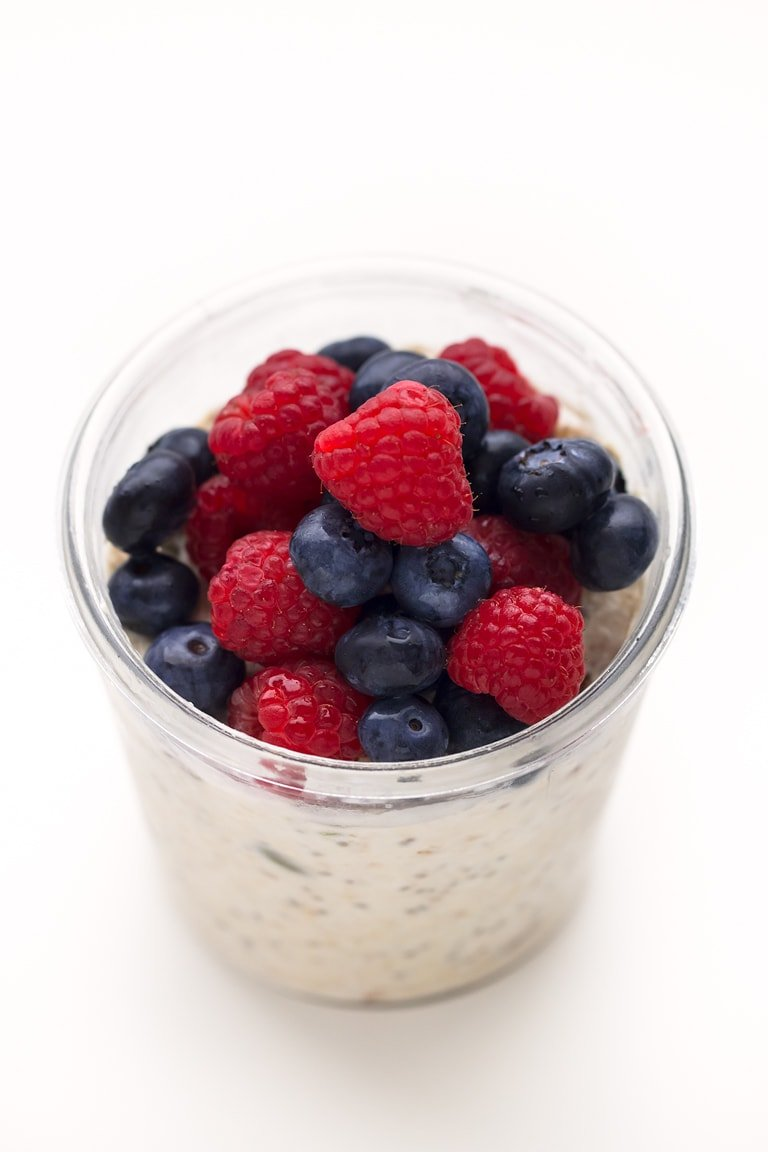 Vegan Bircher Muesli. - This vegan bircher muesli is a delicious, healthy, quick and easy breakfast recipe, but you can also have it as a snack or dessert.