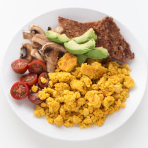 Easy Chickpea Scramble (10 Minutes) - This easy chickpea scramble is the perfect recipe for a delicious, quick and easy meal. It's high in protein and ready in just 10 minutes!