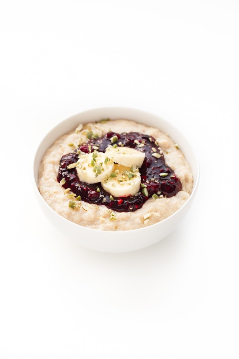 Quinoa Flake Porridge - Quinoa flake porridge is a great alternative for those of you who can't eat oats and a delicious, warm and satisfying 5-minute breakfast recipe.