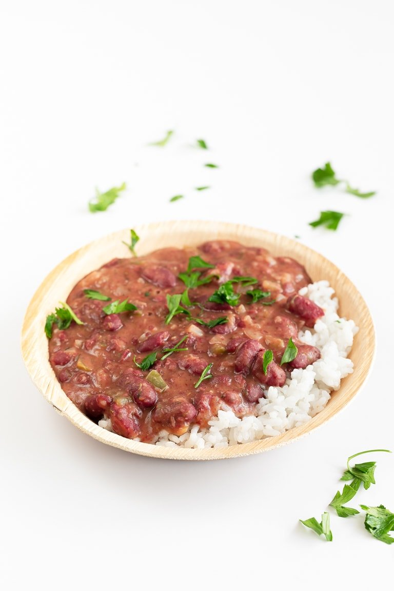 Vegan Red Beans and Rice. - Vegan red beans and rice, made in just 25 minutes, using simple ingredients. This plant-based version is healthier, so nutritious and extremely delicious. #vegan #glutenfree #simpleveganblog