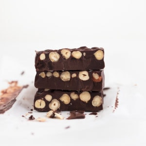 Vegan Chocolate Turron - Vegan chocolate turron, a plant-based version of this Spanish Christmas dessert, made with just 3 ingredients: dark chocolate, coconut oil and hazelnuts. #vegan #glutenfree #simpleveganblog