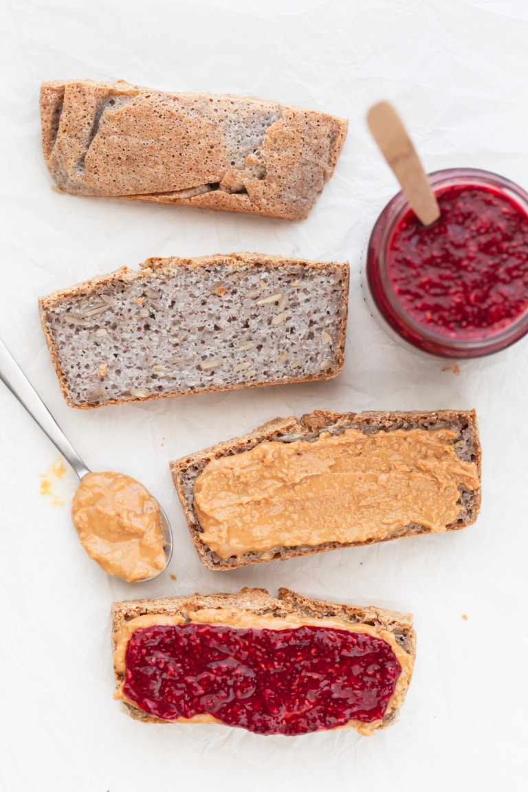 Gluten Free Bread - Easy, basic, vegan, gluten-free bread, made with just 4 ingredients! So delicious, satiating, wholesome and great for bakers of any experience. #vegan #glutenfree #simpleveganblog