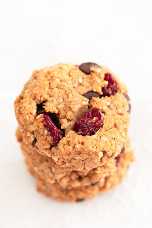 Photo of some vegan trail mix cookies