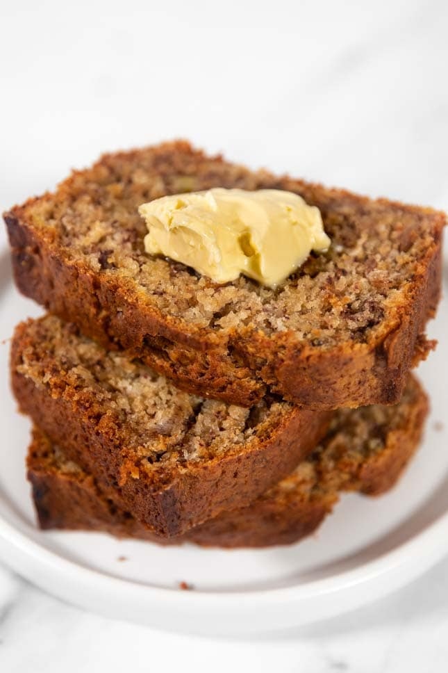 Close-up shot of some slices of vegan banana bread