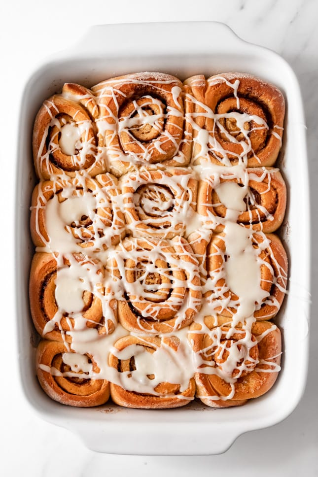 Photo of a plate of vegan cinnamon rolls