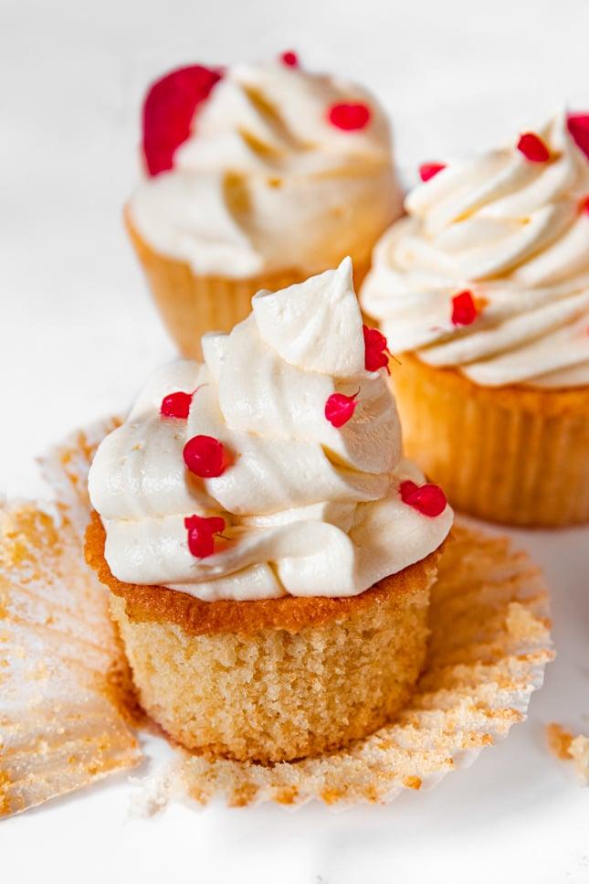 Photo of some vegan vanilla cupcakes