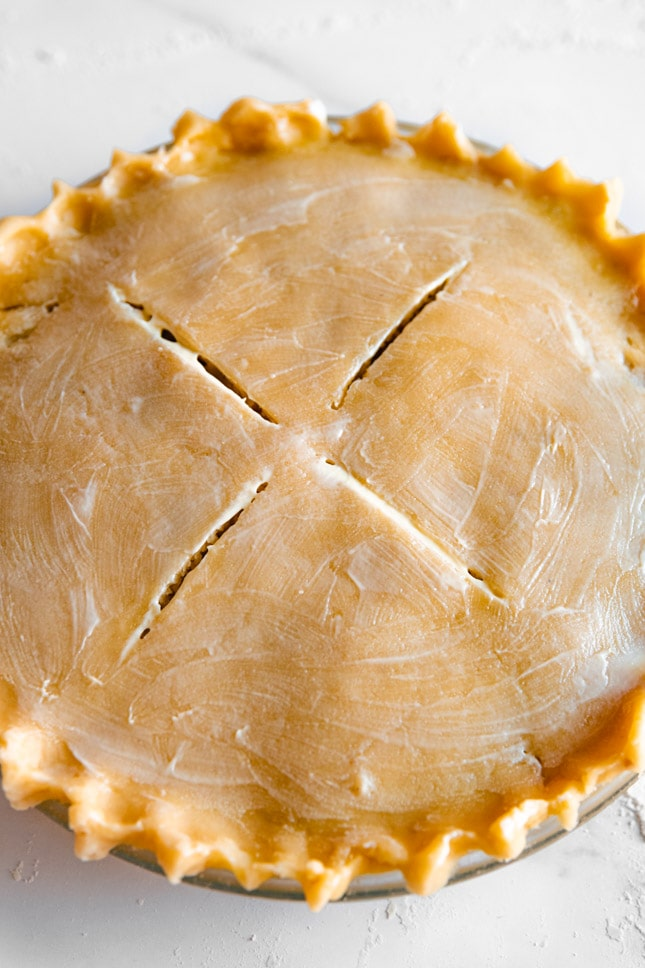 Photo of one of the steps of how to make vegan pot pie
