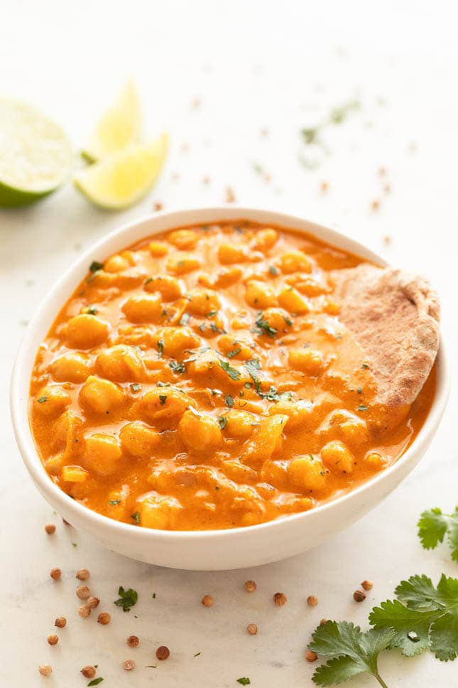 Photo of a bowl of chickpea curry