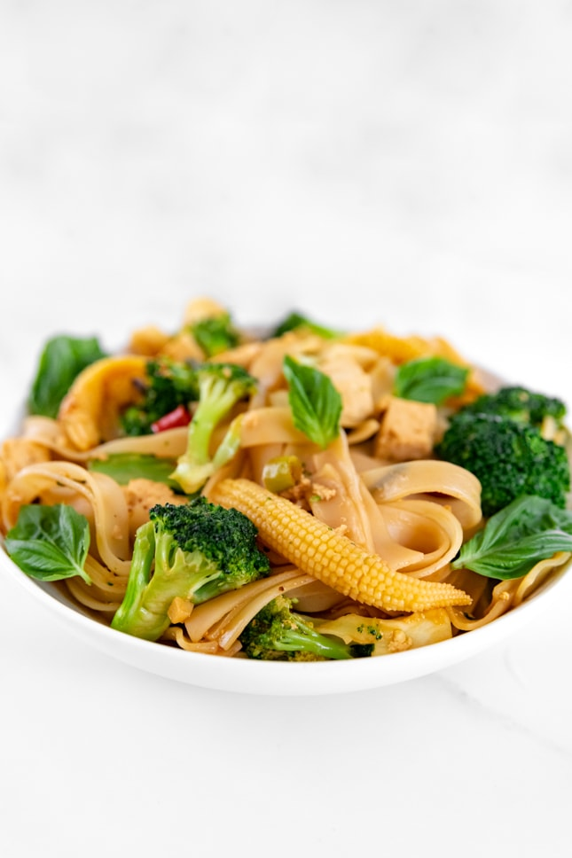 Side photo of a bowl of drunken noodles