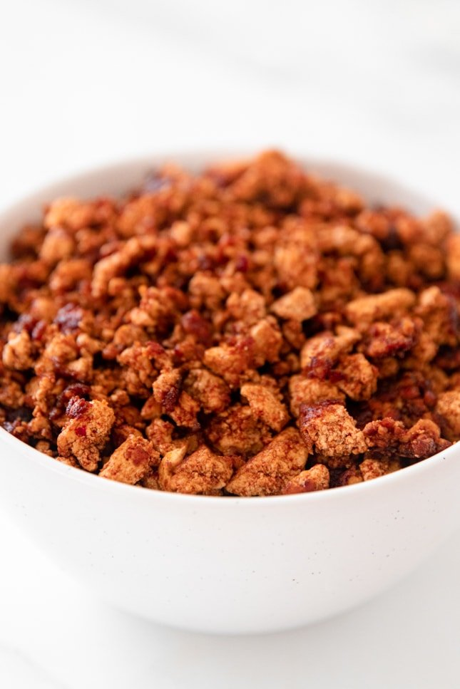 Side photo of a bowl of soyrizo